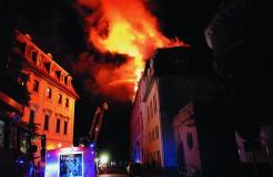 Brand der Herzogin Anna Amalia Bibliothek am 2.9.2004